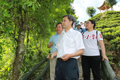Harbin Institute of Technology has Always Been on the Road for Poverty-alleviation in the Past Five Years