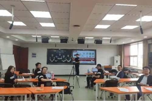 Students from HIT won the only special prize in the finals of the 6th CCSMHTIEC